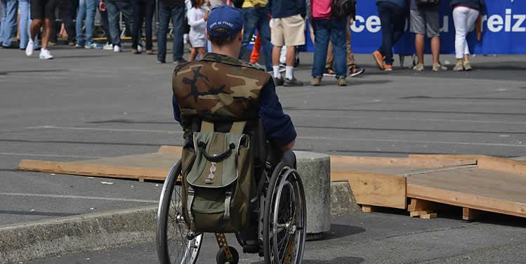 Choosing a wheelchair for outdoors
